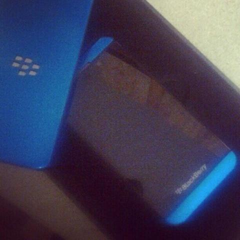 blackberry-z10-blue